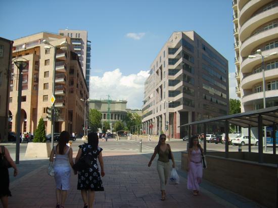 Erevan Avenue du Nord et l'Opéra